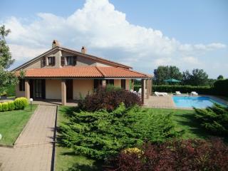Villa La Rondine, Lubriano