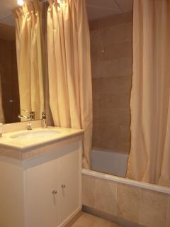 Baño dormitorio planta baja