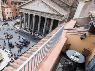 Casa della Rotonda Roof Terrace  Pantheon, Rome