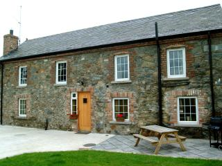 Loft Cottages NITB 5 Star ***** 254 Year Old