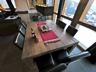 Dining with window overlooking piste