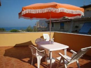 Pretty apartment with big terrace sea view, Trappeto