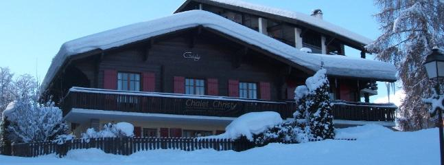 Chalet Christy winter photo