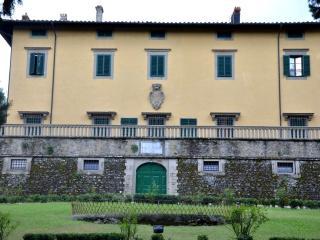 Villa Pandolfini 2, Lastra a Signa
