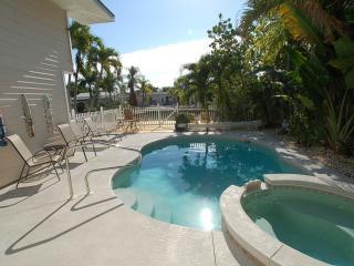 Widgeon Cottage. Heated pool/spa. Amazing resort!  Registration #: 19-0175