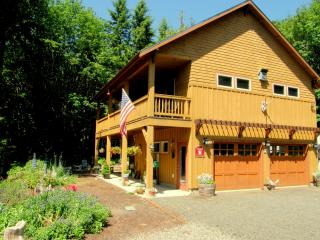 Chimacum Ridge Lodge - Olympic Mountains Views, Port Townsend