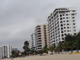 Chalet en Salinas Beach- Mar Bravo