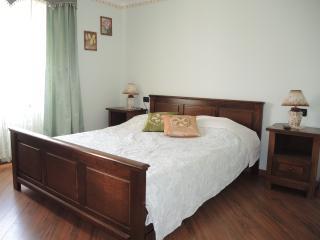 AA6 Quadruple Room with Shared Terrace, Fiorini