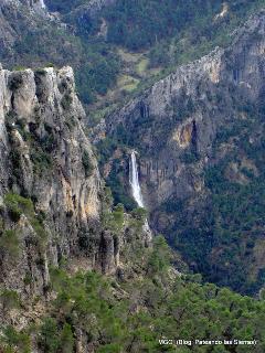 bergen en afgronden in de omgeving van Las Castañetas