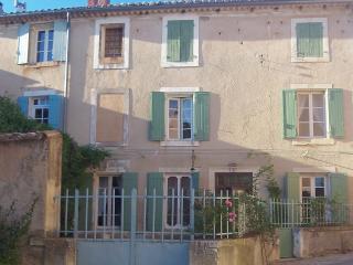 La Magnanièro, Roussillon