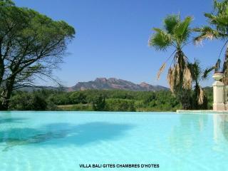 Villa Bali: gite Bali, AIRCO ;WIFI, Roquebrune-sur-Argens