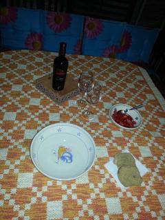 per una serata in terrazza con le tipiche Frise salentine e del buon vino.