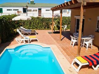 Luxury Villa with priv. pool and Wi-fi