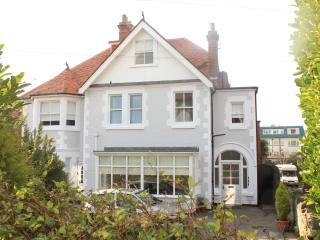 Beachcomber holiday apartments, Swanage