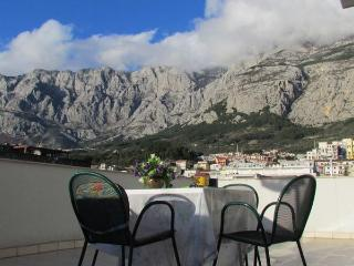 City center Beach Apartment A4+1, Makarska