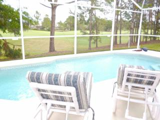 Luxury villa with pool overlooking fairway, Haines City
