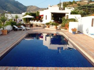 Shabby chic moorish cortijo mostly on one level - four doors leading to pool area