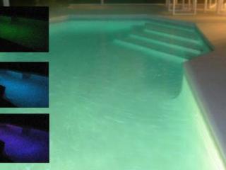 Colour change pool lights