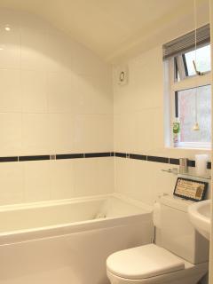 Beech Cottage bathroom