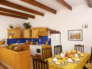 Le Caveau Kitchen Diner