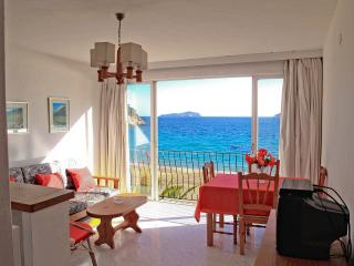 Ibiza beach apartment, Sant Vicent de sa Cala