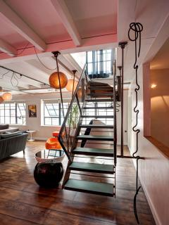 Floating staircase leading to second floor