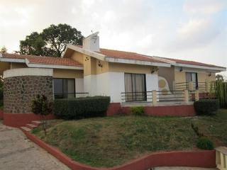 Four Bedroom Farm House in Panchgani!!