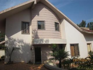 4 Bedroom Bungalow at Nilgiri Bungalow in Mahabaleshwar, Maharashtra