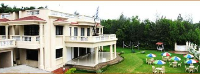 6 BHK luxury Bungalow in Khandala