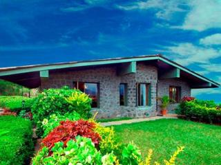 2 Bedroom Luxury Villa with Private garden in Bhandardhara!!