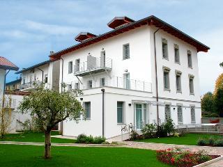 PALAMOSTRE RESIDENCE UDINE, Udine