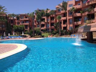 Oasis marbella golden mile