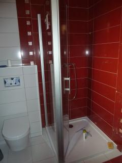salle de bain chambre 'Corneille' douche 90x90