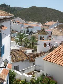A view over the roof tops of Ojén