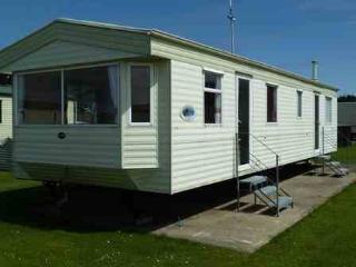 Caravan by sea, near Clacton, Clacton-on-Sea