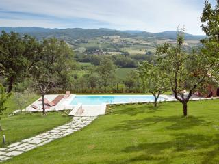 Villa Mondello in Tuscany, great view on the hills, Castel San Niccolo