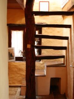 Steps to main bedroom, Casa Amarilla
