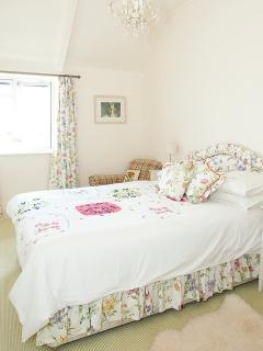 Pretty bedrooms with super comfy beds