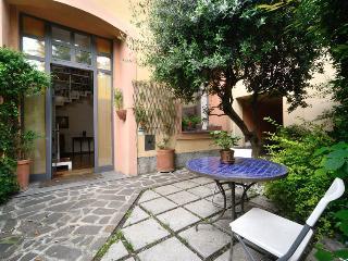 very prestigious loft, Milán