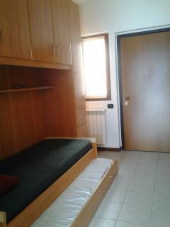 Lower floor bedroom 1/Fold-in bed area - (view looking to door entrance)