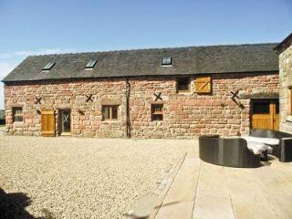 THE GRANGE HOLIDAY COTTAGE, Leek