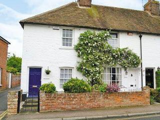 BROWNS COTTAGE, Canterbury