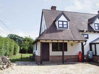 MAYTREE COTTAGE, Dereham