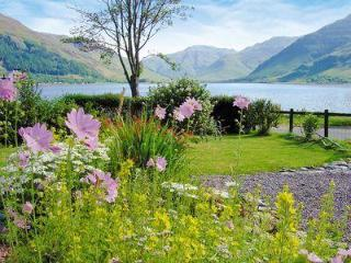 LOCH DUICH COTTAGE, Kyle of Lochalsh
