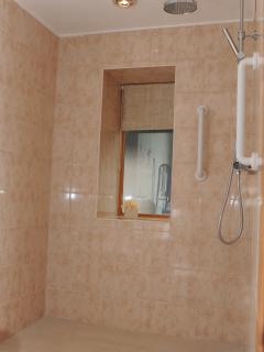 Wet rooms with shower stools available on request