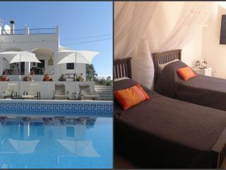 Casa Colina Bed & Breakfast, Comares, Orange Suite
