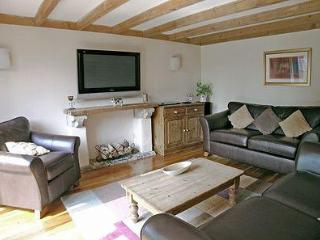 MULBERRY COTTAGE, Galmpton