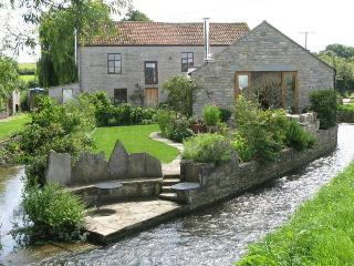 Mill Barn Somerset - Nestled by the Mill Stream