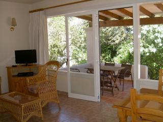 Lounge towards terrace