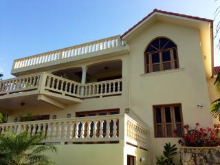 Villa CoraLeah